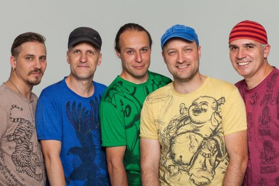 Alma zenekar koncertje - TELTHÁZ
