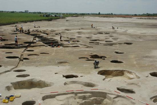 Régészeti feltárás látogatása Monor mellett