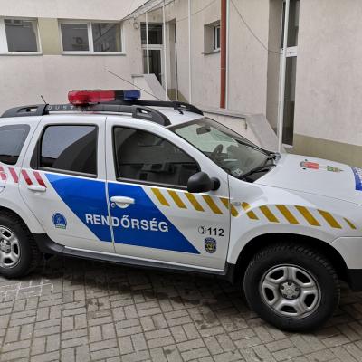 Gépjárművel támogatja az önkormányzat a monori rendőrök munkáját