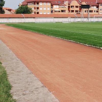 Futópálya felújítása a Balassi utcai sporttelepen