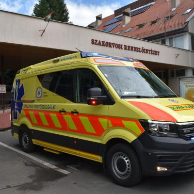 Új járművel menthetnek életet a monori mentősök