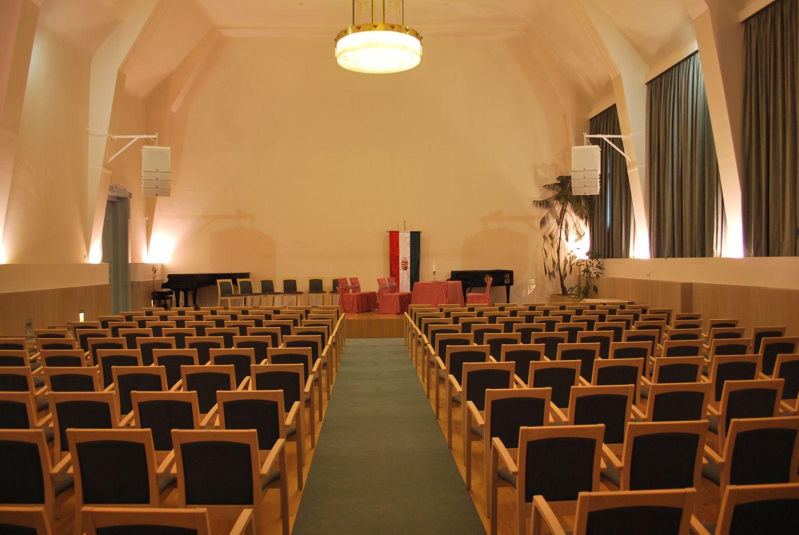 Esküvői szezon a Vigadó Kulturális és Civil Központban