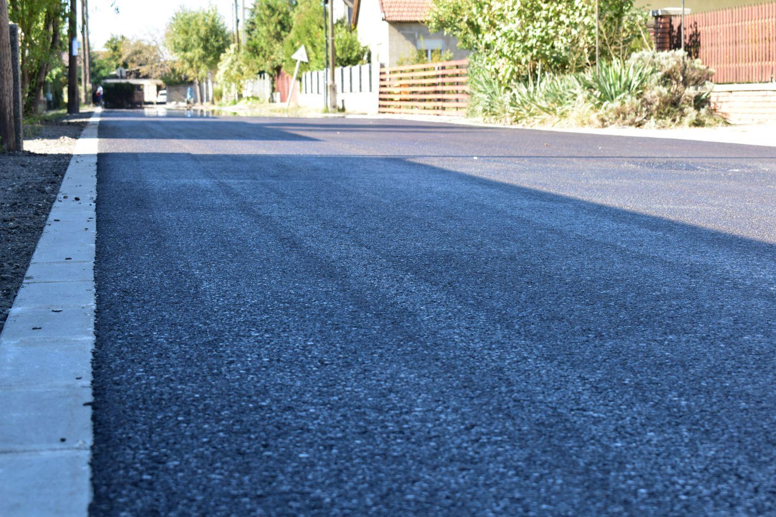 Újabb utak felújítására pályázik a város