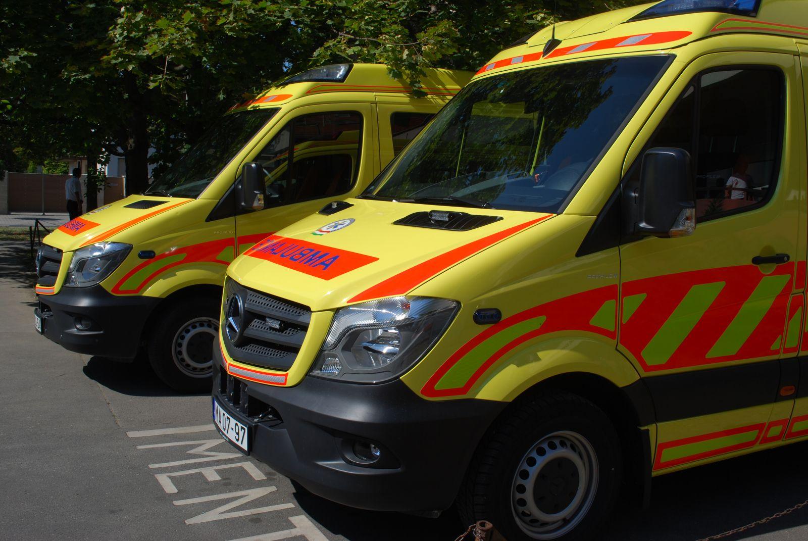 Átadták az új mentőállomást Monoron
