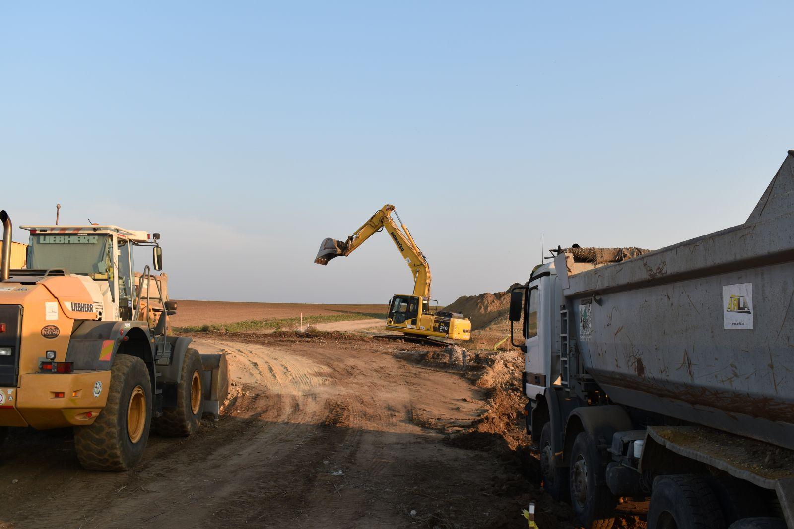 Jól halad a várost elkerülő M4 gyorsforgalmi út építése