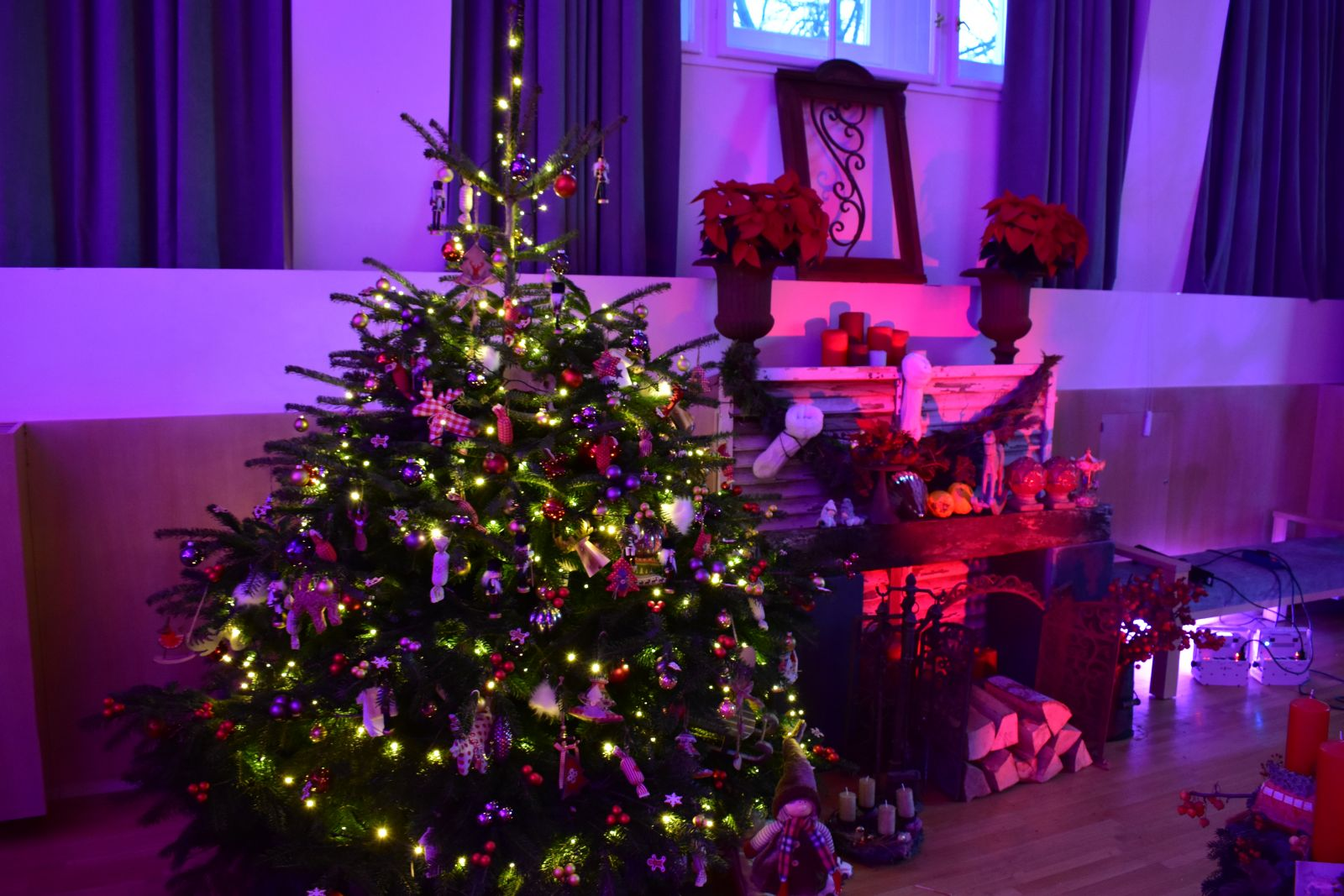 Adventi kiállítással kezdődik a karácsonyváró programok sora