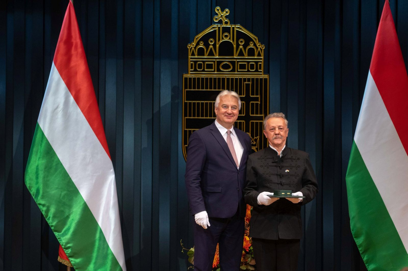 Magas rangú állami kitüntetést kapott Dr. Szekeres Sándor
