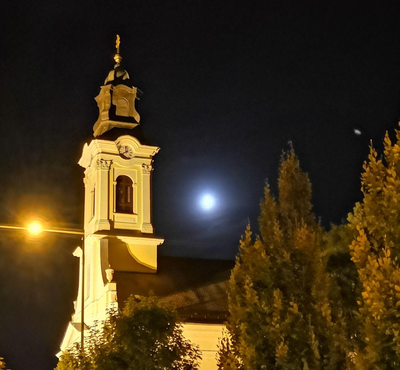 A hónap képe: Újhold - Készítette: Gálné Mészáros Andrea