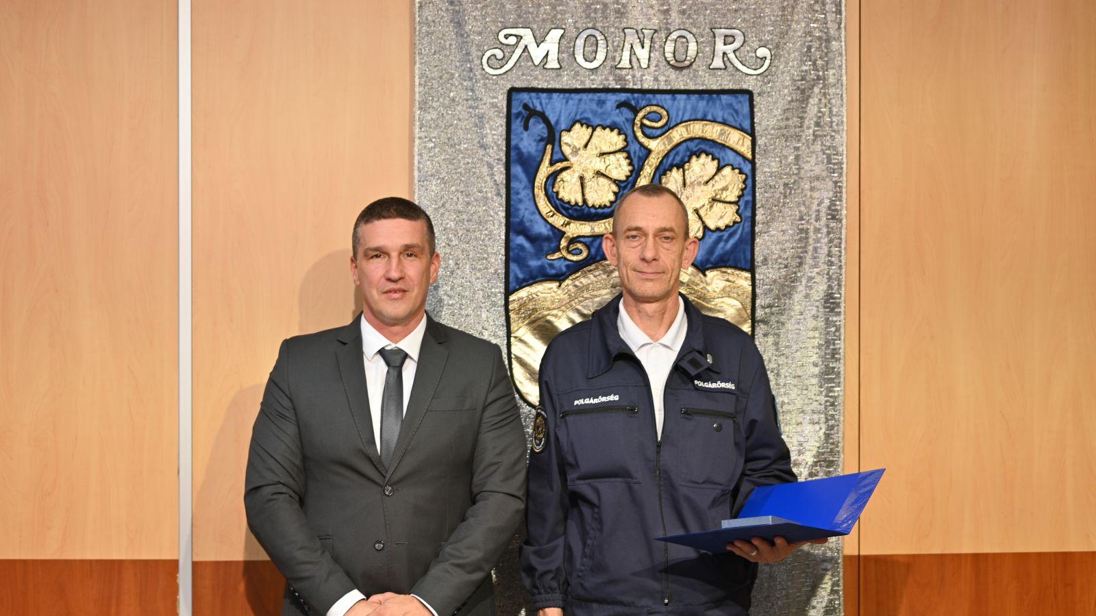 Az idén 30 éves Monori Polgárőr Közhasznú Egyesület kapta a Monor Közbiztonságáért Díjat