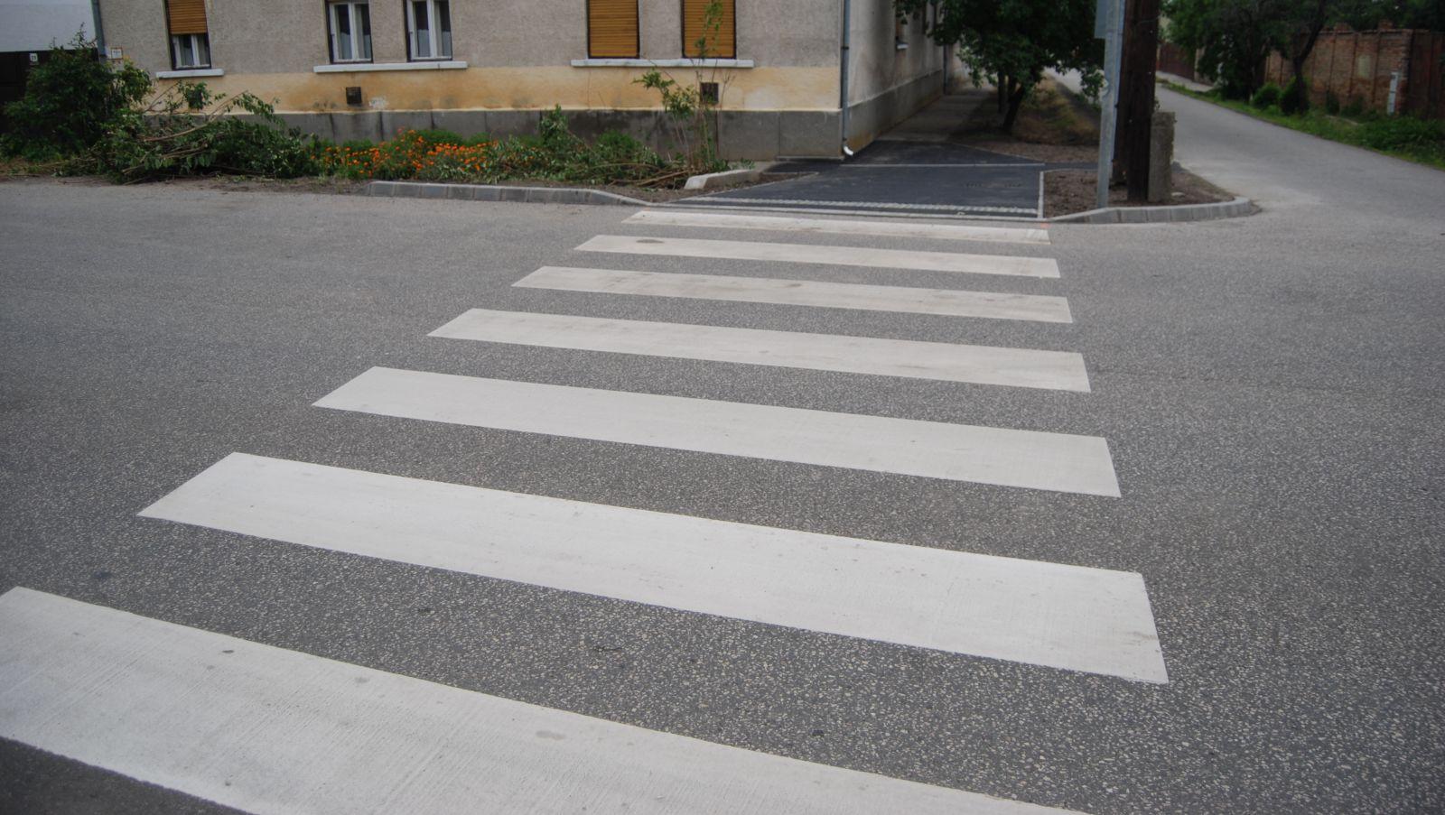 Megtörtént a gyalogátkelőhelyek műszaki átadása