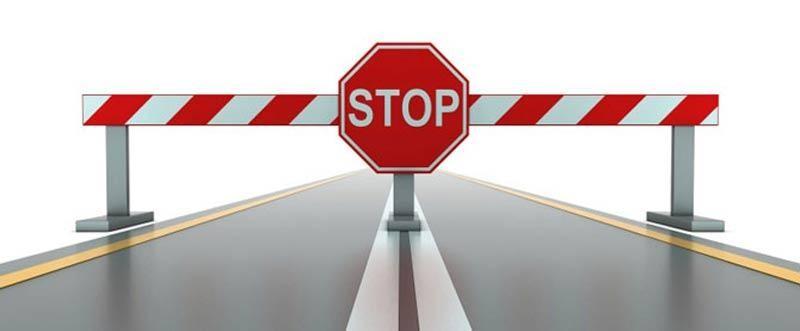 Két baleset is nehezíti a közlekedést a 4-es főúton