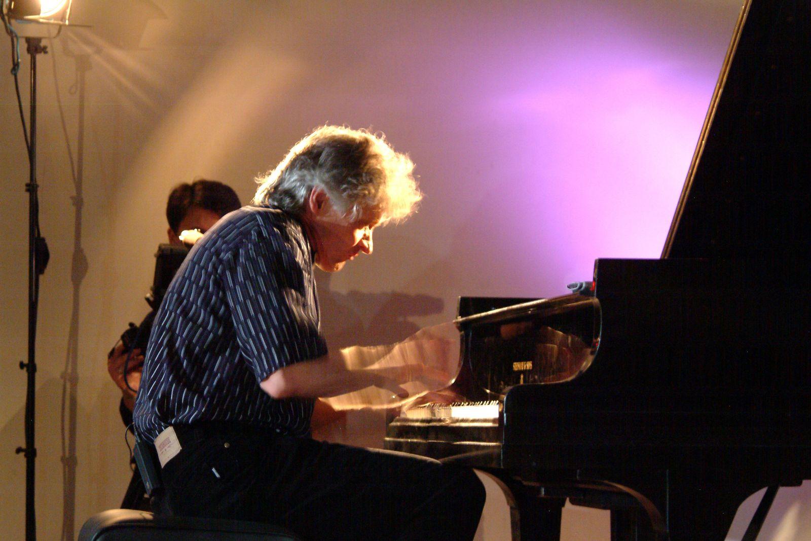 Jazz-zongoristák részére hirdetett versennyel emlékezünk Pleszkán Frigyesre