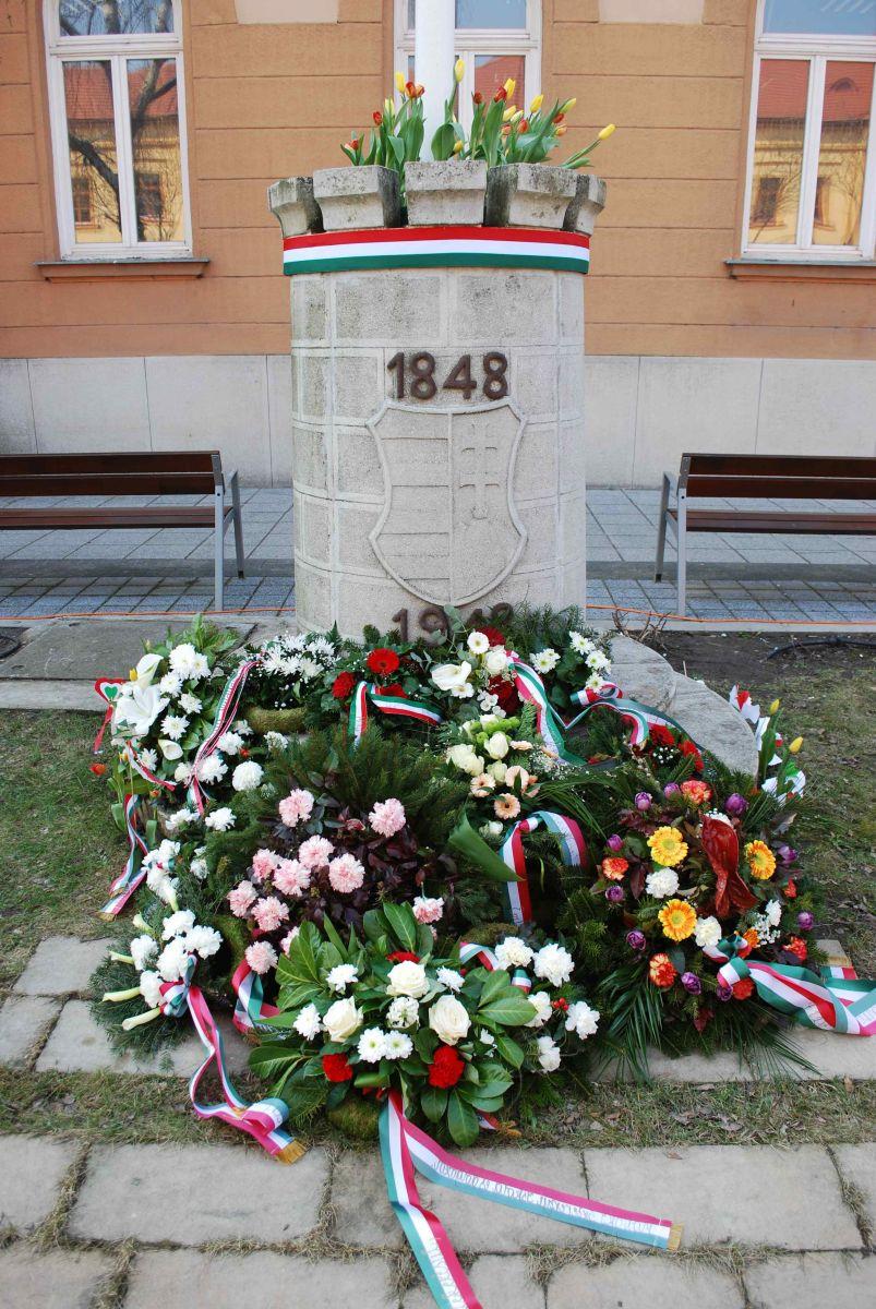 1848-49 hőseire emlékeztünk