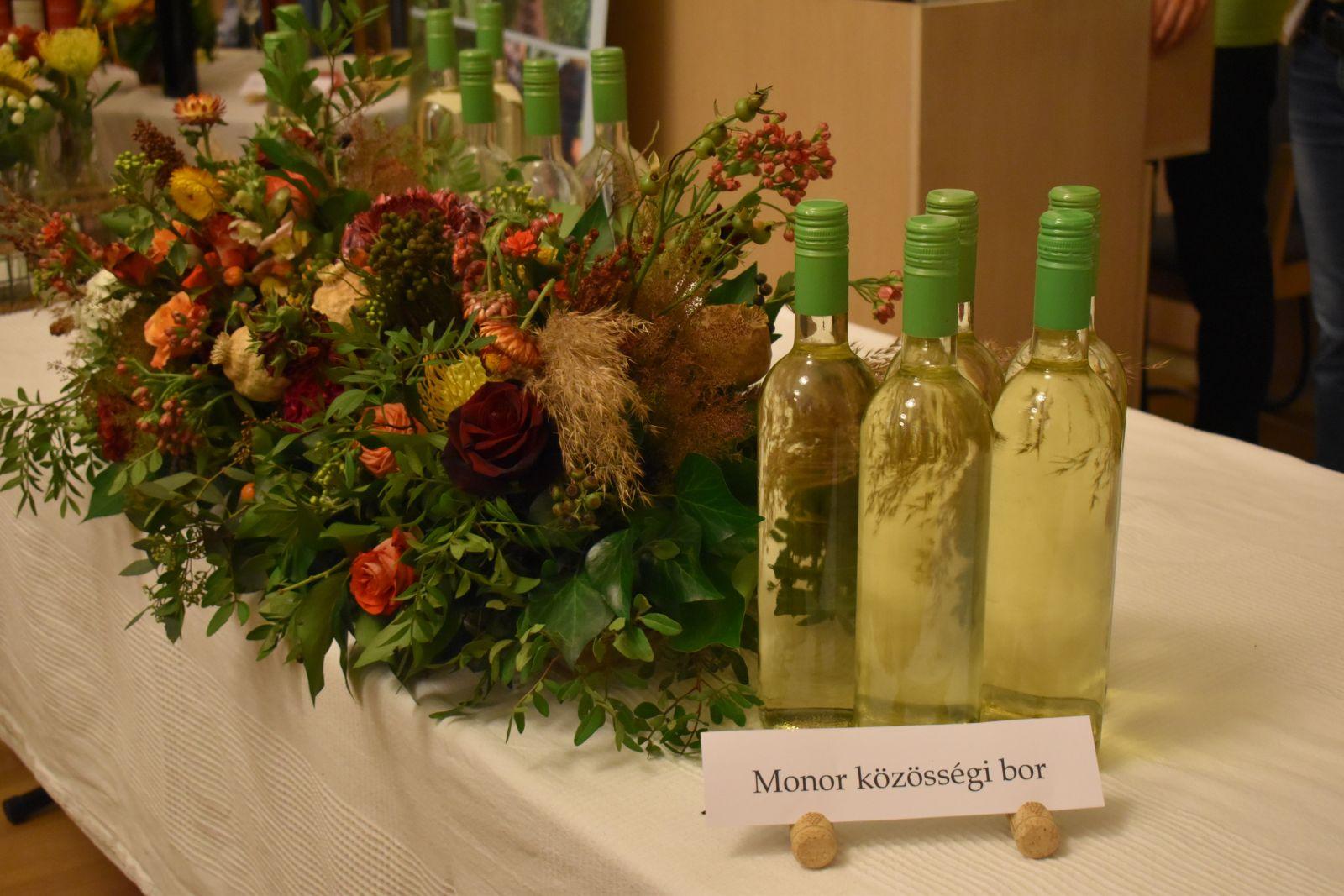 Sikeres rendezvényen mutatkozott be a monori közösségi bor