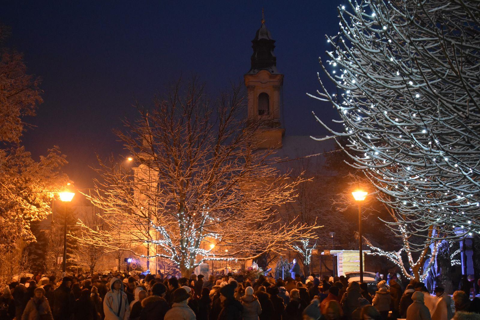 Negyedik advent és városi karácsony