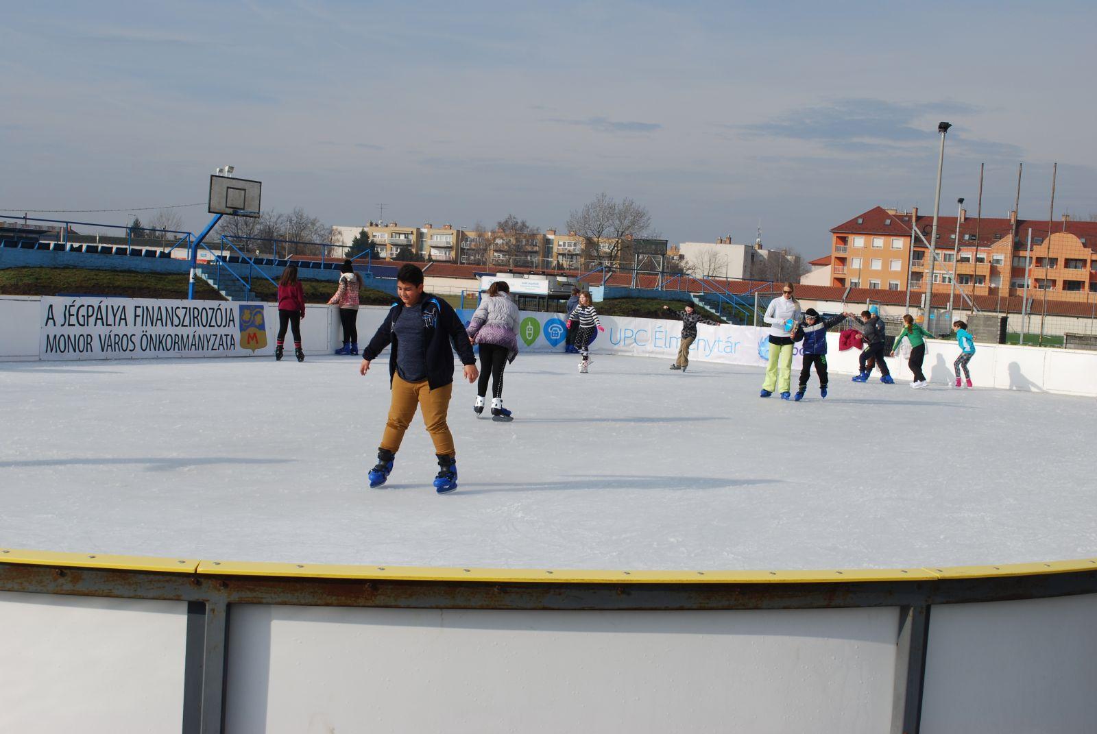 Idén újra lesz jégpálya a Balassi utcában!