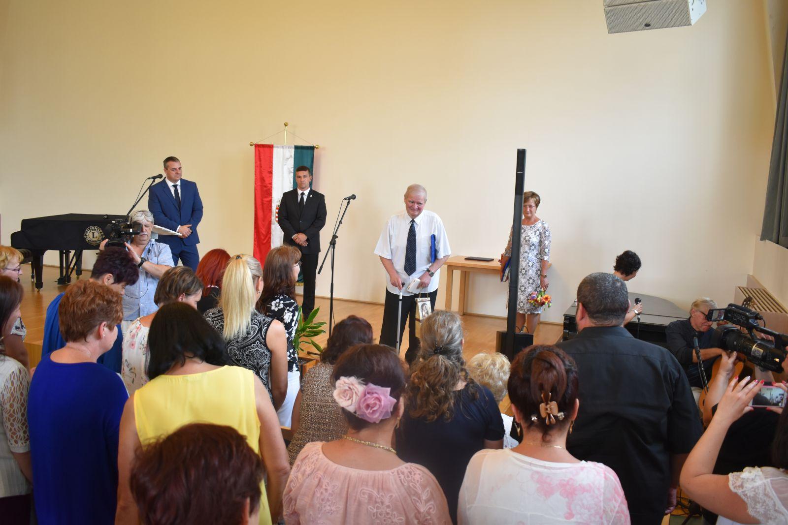 A Vigadóban köszöntötték a Monoron dolgozó nevelőket, tanítókat és közművelődési dolgozókat