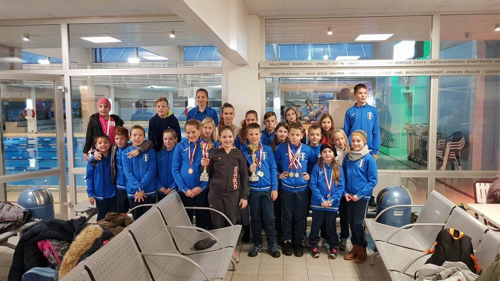 Ausztriai versenyhétvégén jártak a Monori SE úszói