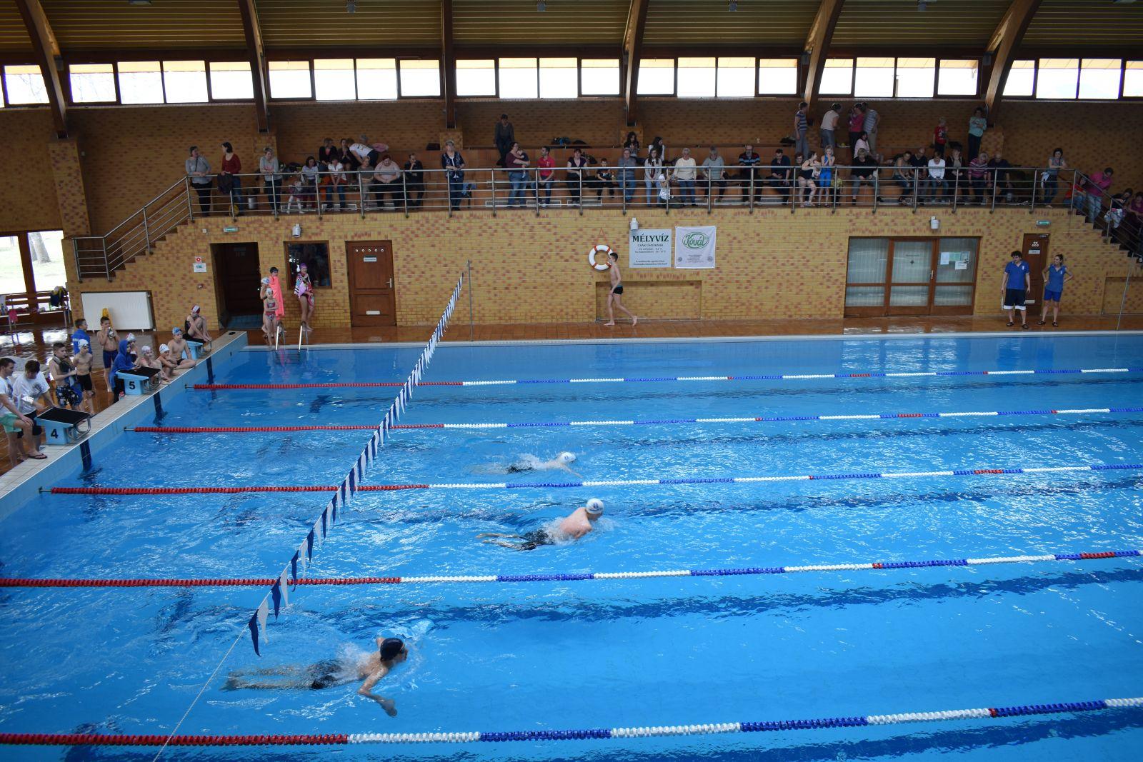 Iskolák közötti úszóverseny végeredménye